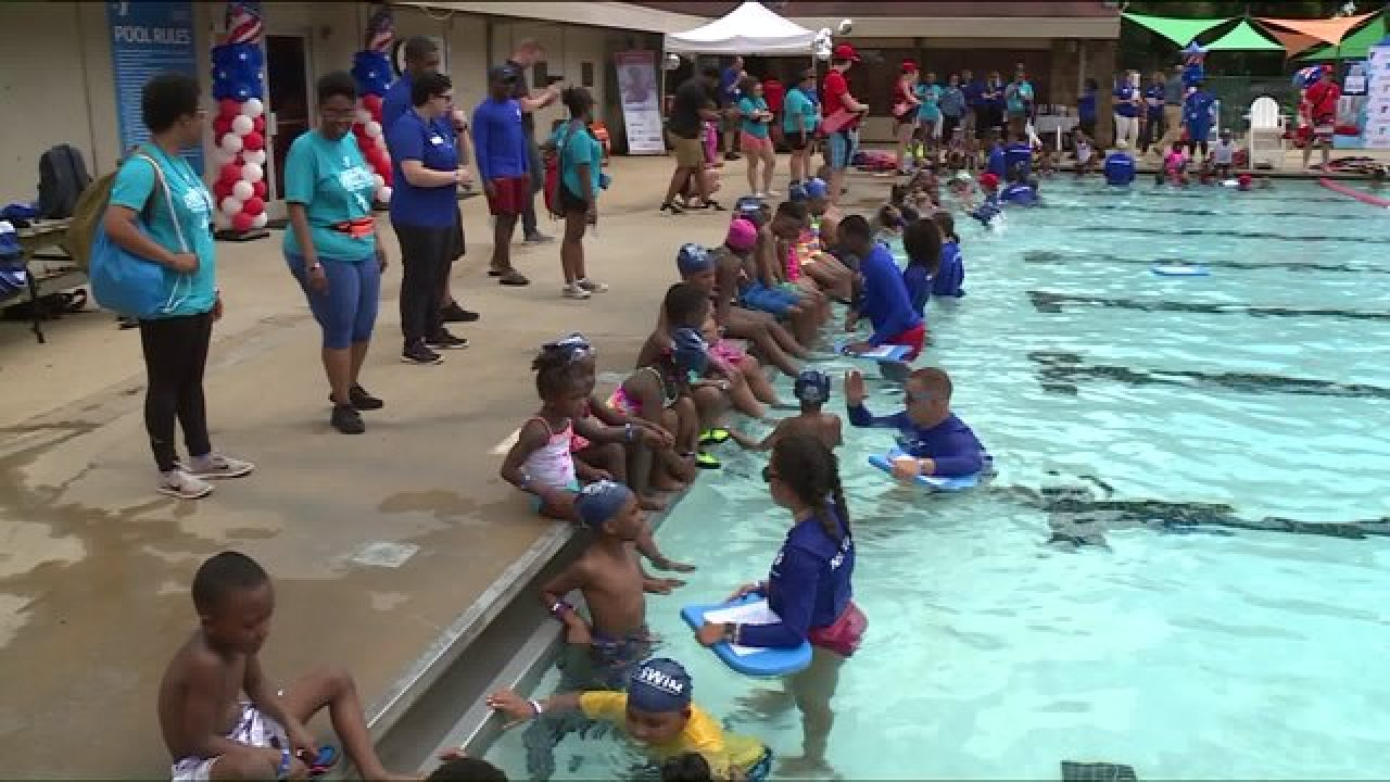 Olympians Jones, Biesel, Gaines give swim lessons to local youth