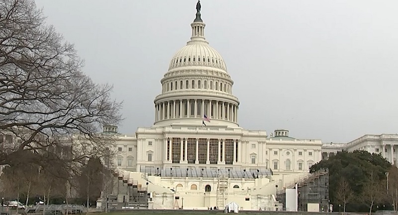 U.S. Capitol on lockdown due to 'exterior threat'